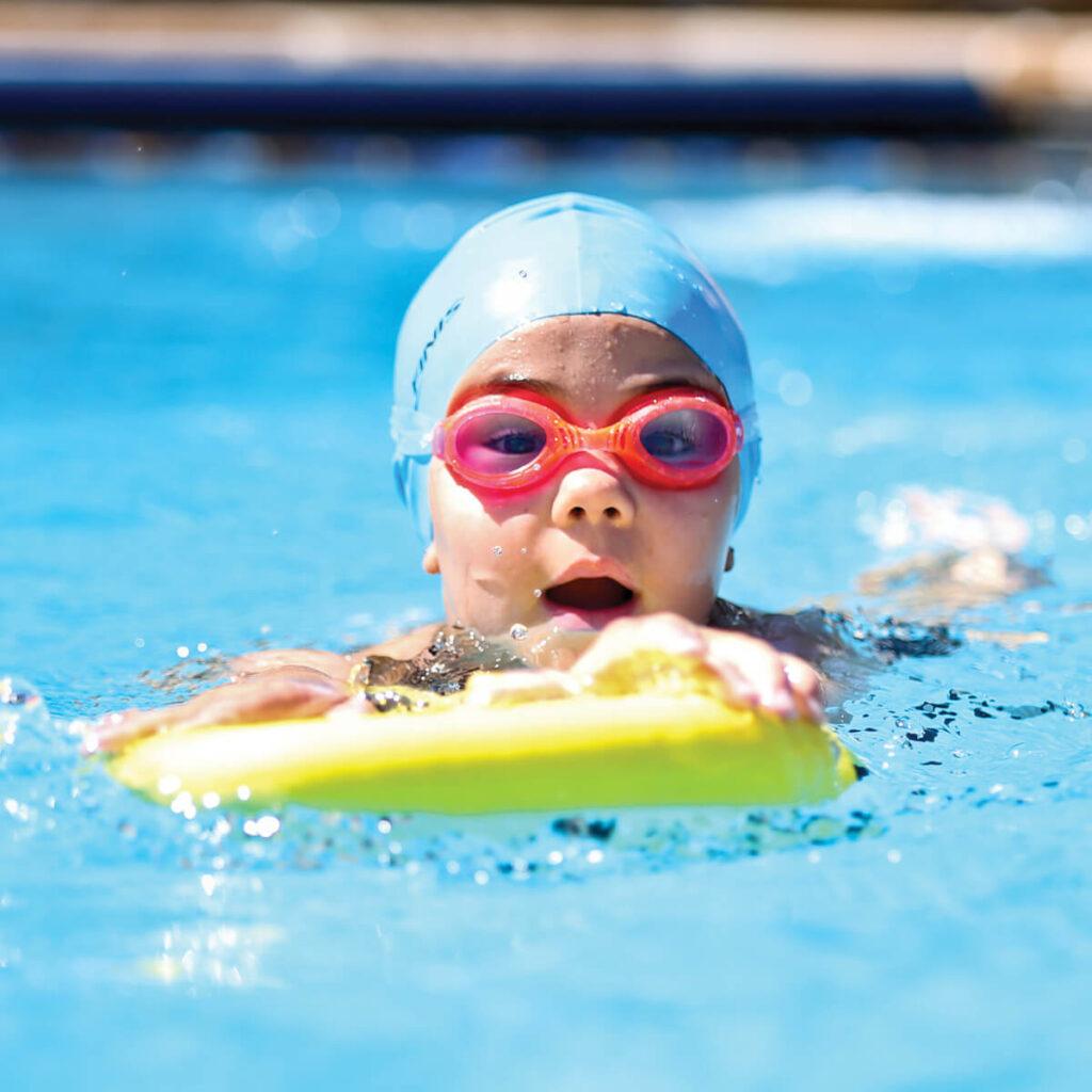 Best Kid's Kickboard for Swimming: Finis Junior Foam Kickboard Child