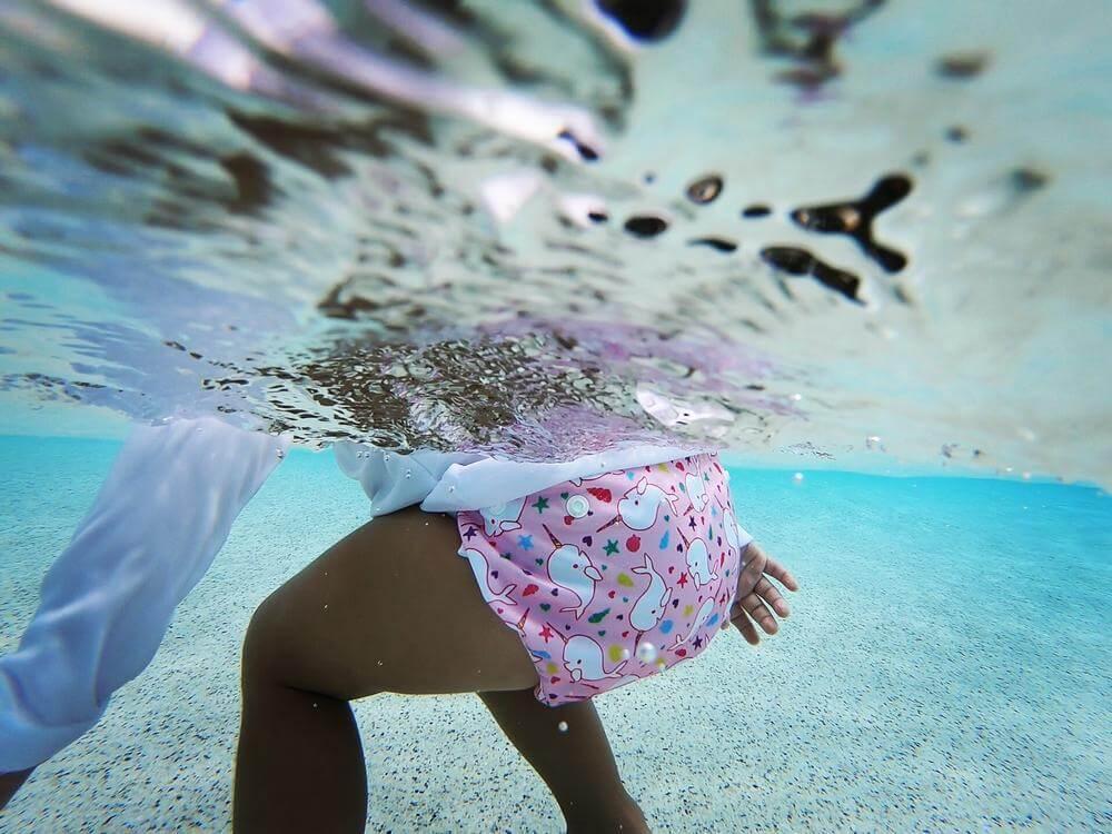 Best Fitting Diaper for Swimming: Nageuret Reusable Swim Diaper underwater